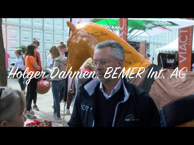 Holger Dahmen im Gespräch (DKB-Riders Tour)
