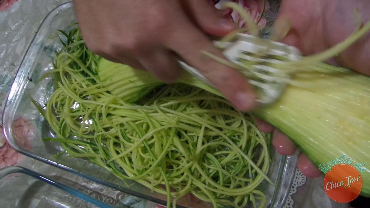 Como fazer espaguete de abobrinha como fazer receitas for Como criar caracoles de jardin