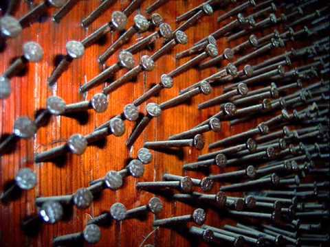 El clavo en la puerta youtube - Clavos para pared ...