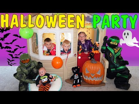 Thumbnail: Costume Party & Spooky Haunted House Halloween Skit