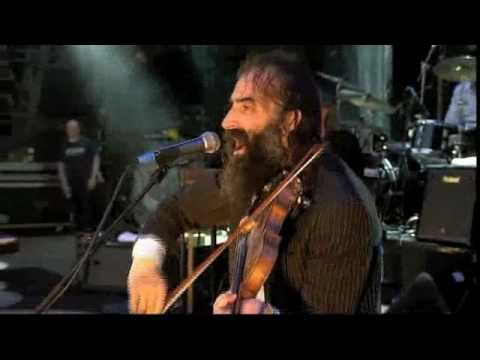 Nick Cave and the Bad Seeds-The weeping song (Live in Glastonbury)
