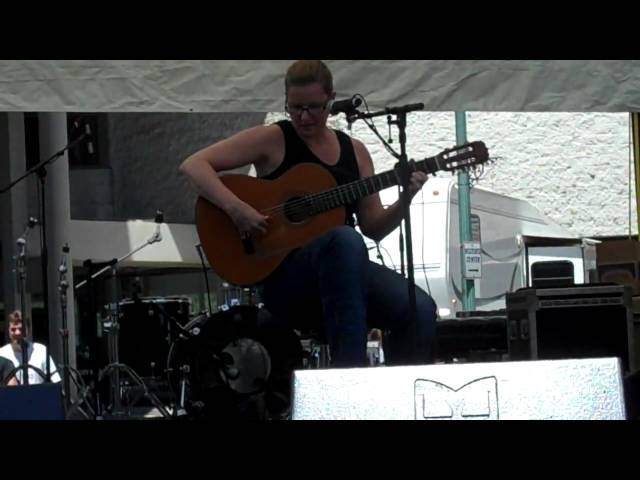 Guitarist Maria Zemantauski @ The Troy River Street Fest June 2010