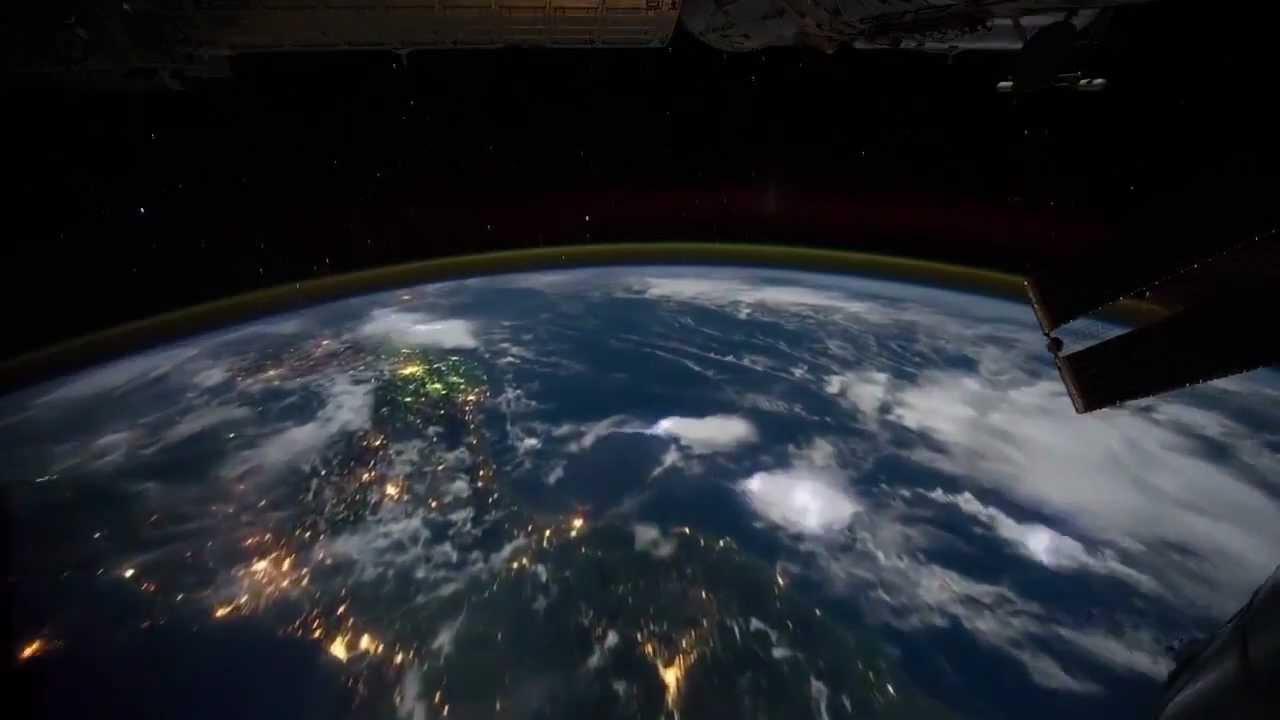 Il senso della vita immagini della terra vista dallo for Foto spazio hd