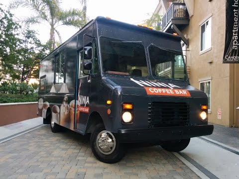 A12 Big Blue Food Truck for Rent