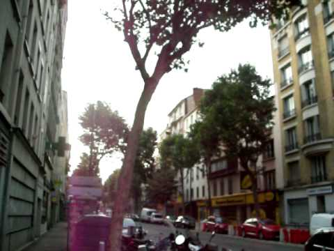 Entre Boulevard Victor Hugo, Jean Jaurès et la Avenue Porte de Clichy.