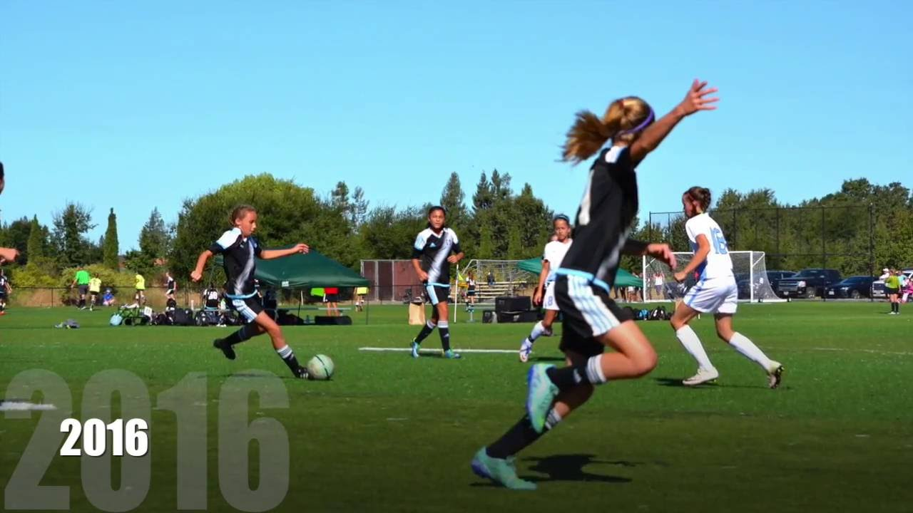 U12 girls soccer highlights Emmie Ennis #21 - YouTube