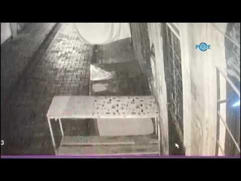 Hırsızlık Anı Güvenlik Kamerasına Takıldı