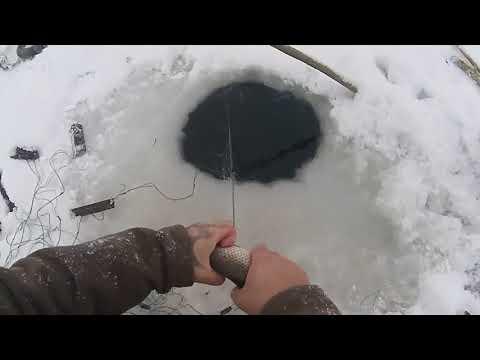 Рыбалка.Подлёдный лов сетями.