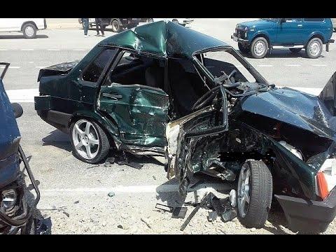 russian car crash compilation april 23 04 2016 youtube. Black Bedroom Furniture Sets. Home Design Ideas