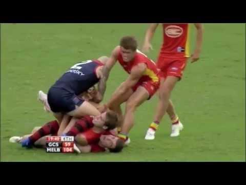 Round 4 2011 Gold Coast vs Melbourne