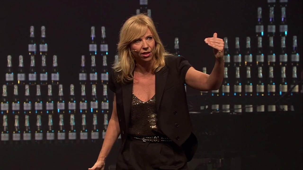 Claudia De Breij Groningers En Slechte Wifi Youtube