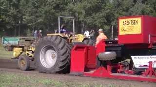 Repeat youtube video Trecker Treck / Tractorpulling / 引っ張るトラクター - Marl 2013 [HD1080p]