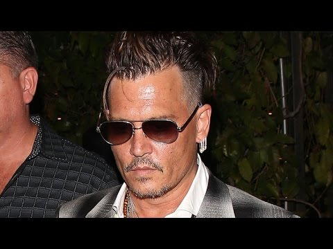 Johnny Depp Steps Out For Dinner Amid Amber Heard Divorce Drama