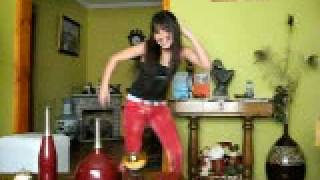 Video La kari baila hermoso *-* :X download MP3, 3GP, MP4, WEBM, AVI, FLV Desember 2017