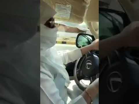 فيديو.. مخمورة تقود لكزس بطريق عام في الخفجي