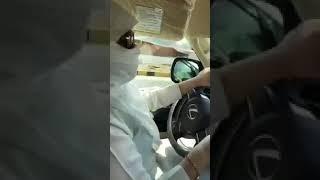 فيديو.. مخمورة تقود