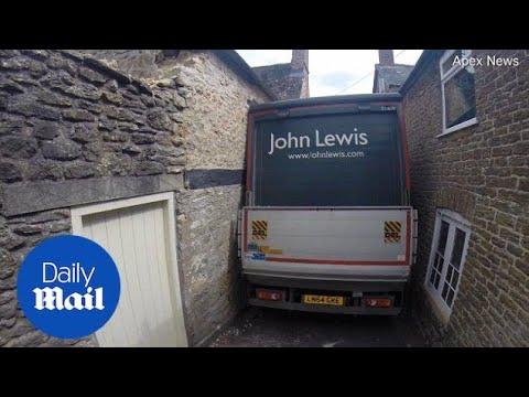John Lewis lorry gets stuck in narrow lane in Bruton, Somerset - Daily Mail