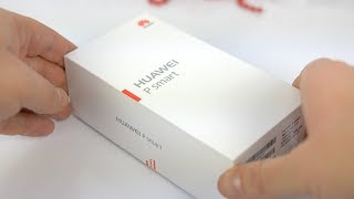 Huawei P smart unboxing