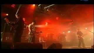 Mogwai - 2001/08/11 - 05 - 2 Rights Make 1 Wrong (La Route du Rock Festival)