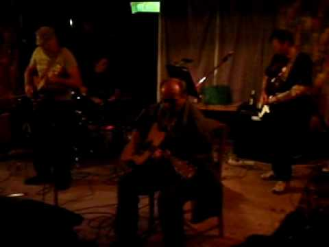 Download sitting on top of the world, brian's big music party, waikino, 2009