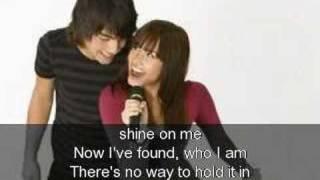 Demi Lovato-This Is Me-Greek Lyrics!