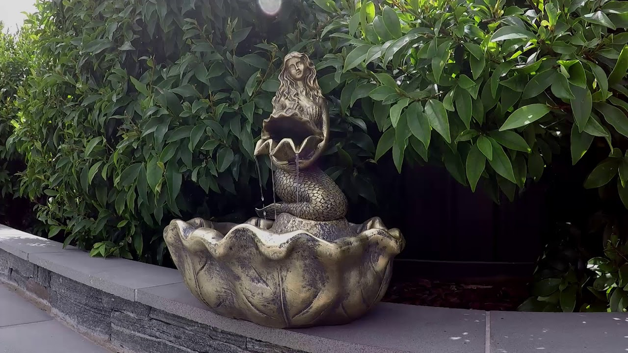 Gentil Solar Statues Mermaid Fountain