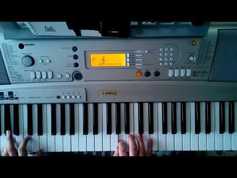 Uzun İnce Bir Yoldayım (enstrümantal Piyano)