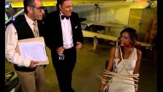 CLAUDIA VIEIRA-SEXY E DE BIQUINI EM 007 GOSTO DISTO