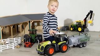 BRUDER TRUCKS + bruder TRACTORS 🚚 🚜BEST of BRUDER Children play!