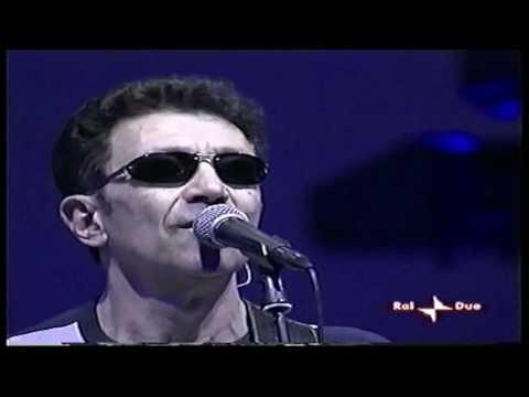 Edoardo Bennato - (Live Concert) - 01-05-2005 - Catania.