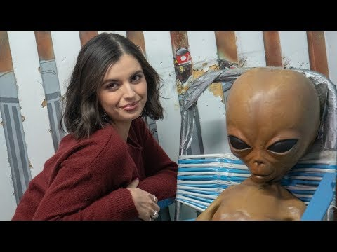 dating aliens