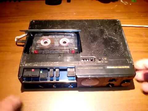 MARANTZ  PMD220 portable cassette recorder