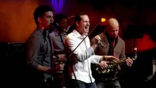 Peet Project - Step Into The Party feat. Pély Barna [LIVE @ MüPa]