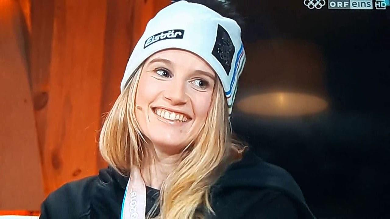 Anna Gasser Interview Olympiasieg - YouTube