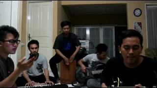Gambar cover Cover Lenka - The Show Acoustic Version by The SWAN