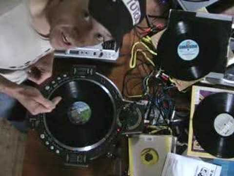 Demo of the Vestax QFO LE from a mix DJ's point of view.
