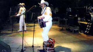 Ramon Y Cornelio Vega Popurri Romantico 1998 En Vivo