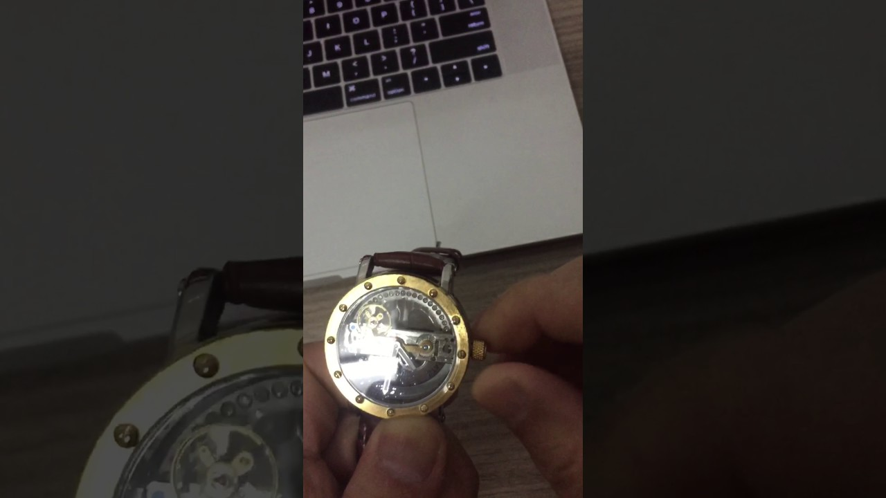 How to use automatic watch - YouTube