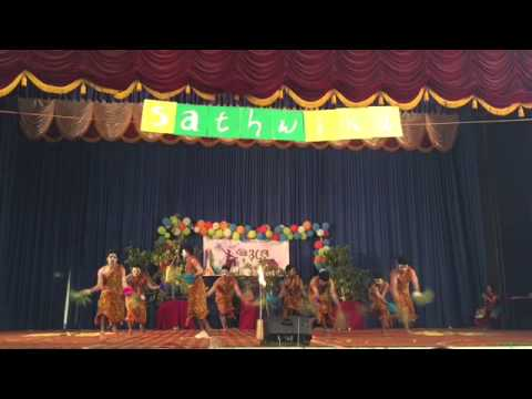 BOYS Stunning Folk Group Dance Performance at IES ENGINEERING COLLEGE,CHITTILAPILLY