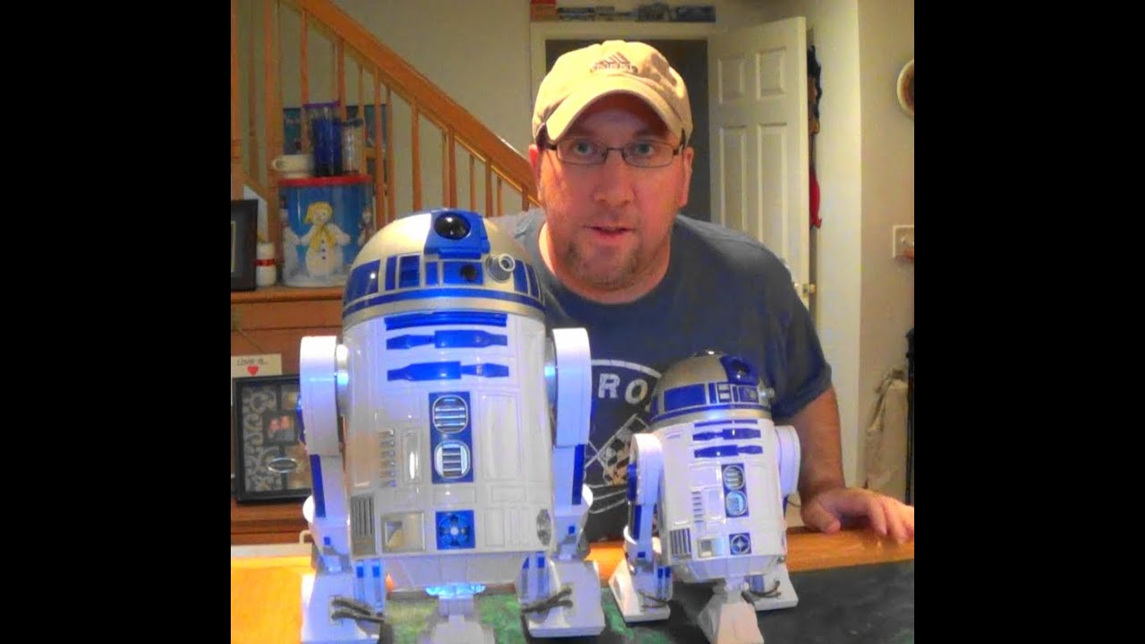 Star Wars Toys R Us : Star wars toys r us d vs disney comparison and