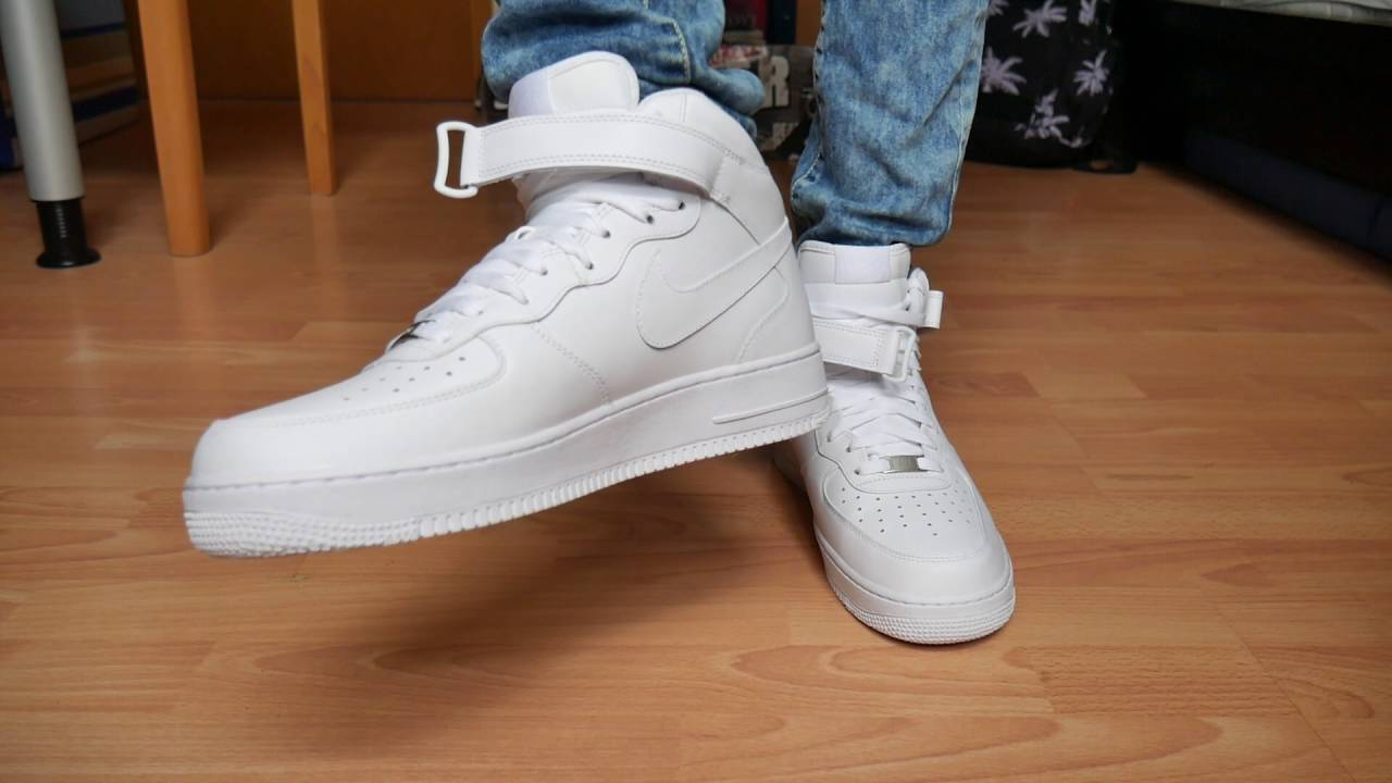 Lubricar Cuyo dinámica  Nike Air Force 1 Mid ALL WHITE - On Feet - YouTube