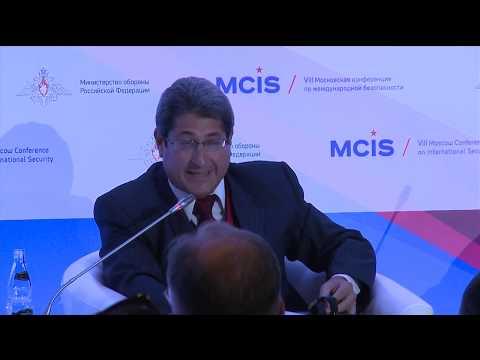 Выступление зам.директора Центра исследований международной политики Кубы Сантьяго Переса Бенитеса