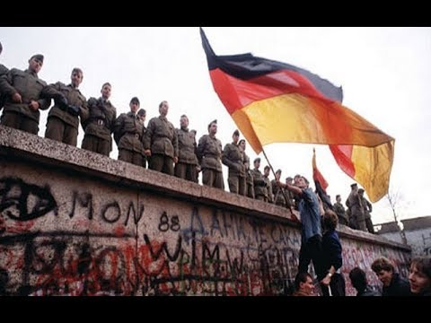 Ostalgie The Berlin Wall Gameplay