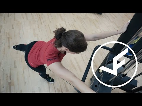 Отведение ноги назад на нижнем блокеиз YouTube · Длительность: 49 с