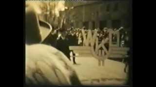 """Grodzisk Mazowiecki - pochód 1 maja 1972 r. (frag. filmu pt. """"Ludzie Grodziska"""")"""