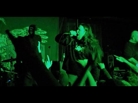 """The Acacia Strain - """"Beast"""" LIVE !! (Ft. Zach Hatfield Of Left Behind)"""
