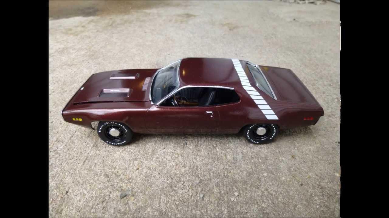 1971 Plymouth Roadrunner Monogram Kit 1 24 Scale Built For