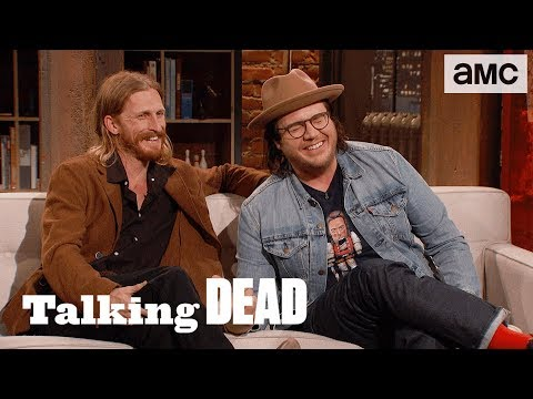 'How Does Negan Have a Clean White T-shirt in the Apocalypse?' Ep. 807 Fan Questions | Talking Dead