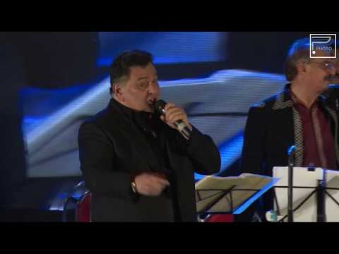 'Main shayar to nahi' performed by Rishi Kapoor Himself
