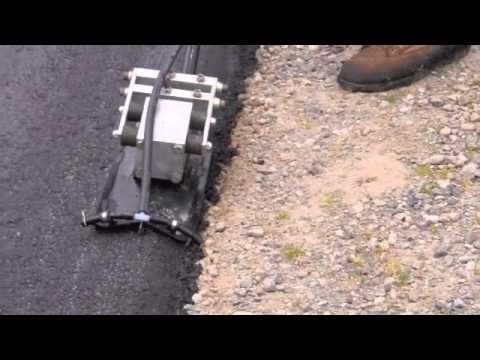 Double impact 2 mini plate compactor